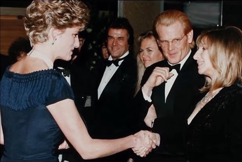 Η Μπάρμπαρα Στρέιζαντ μίλησε και για την γνωριμία της με την πριγκίπισσα Νταϊάνα