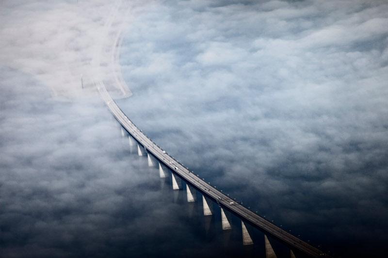Η γέφυρα που συνδέει τη Δανία με τη Σουηδία αποτέλεσε πηγή έμπνευσης για τον Μπόρις Τζόνσον.