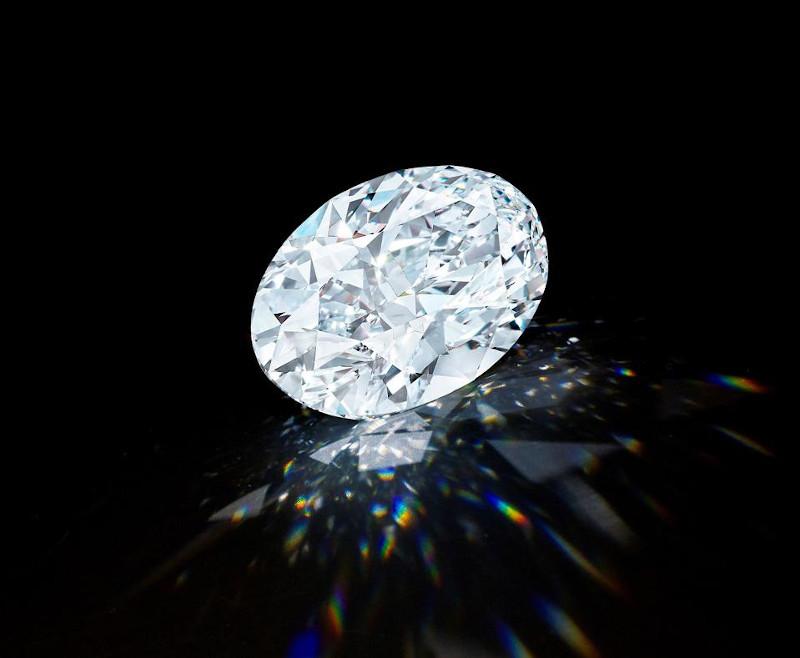 To διαμάντι είχε ανακαλυφθεί (σε ακατέργαστη μορφή, φυσικά) προ διετίας στον Καναδά