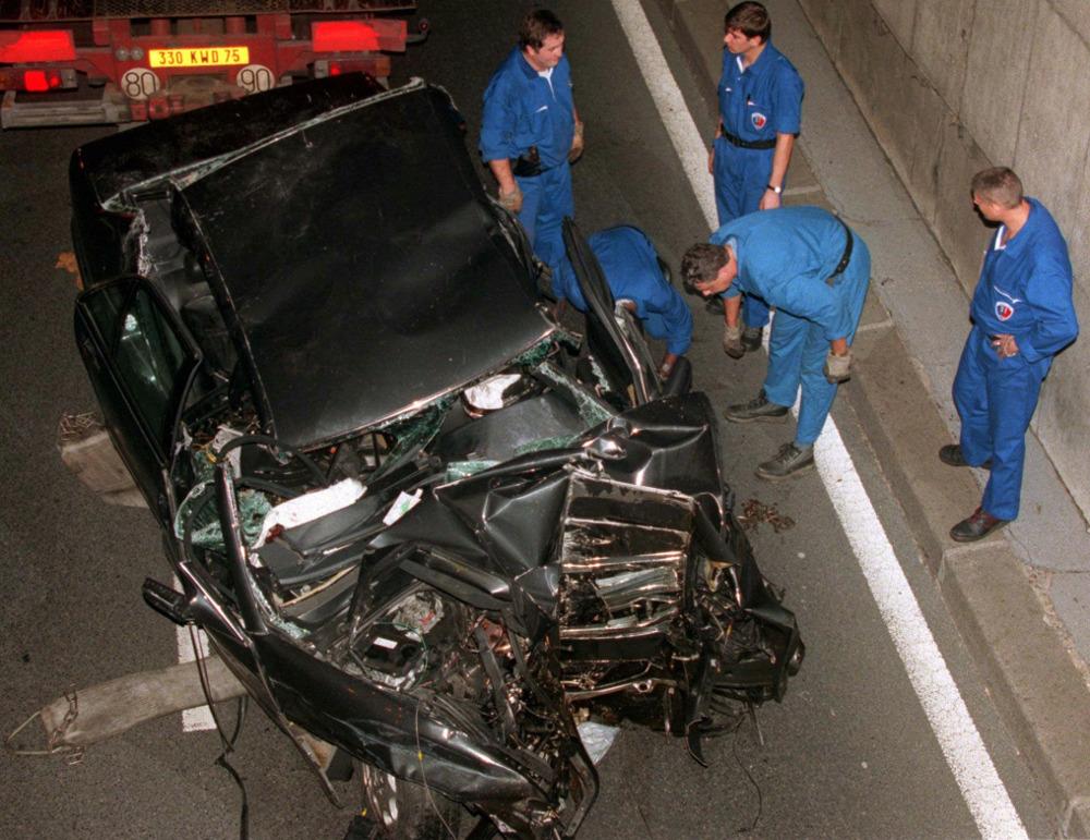 Το αυτοκίνητο στο οποίο επέβαινε η πριγκίπισσα Νταϊάνα και ο σύντροφός της Ντόντι αλ Φαγέντ την ημέρα του θανάτου τους