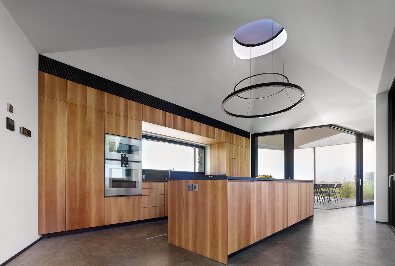 Hourglass Corral: Το σπίτι που γίνεται ένα με το τοπίο της Μήλου -Σχεδιάστηκε με ιδιαίτερο τρόπο
