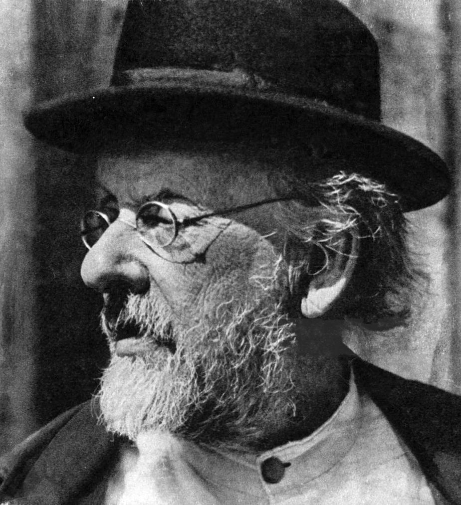 Ο Κονσταντίν Τσιολκόφσκι στις αρχές τη δεκαετία του 1930.