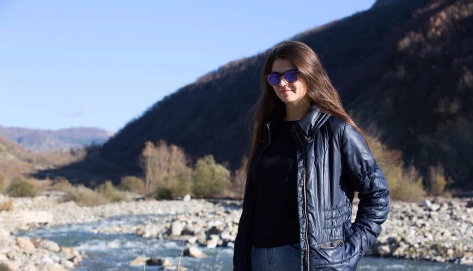 Η σύντροφος του γιου του Έντι Ράμα, Κρίστι Ρέτσι, βρέθηκε νεκρή στα συντρίμμια πολυκατοικίας δίπλα στην μητέρα της, τον πατέρα της και τον αδερφό της