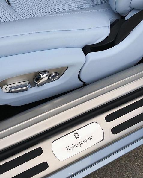 Η Rolls Royce της Κάιλι Τζένερ είναι χειροποίητη και custom made με το όνομά της
