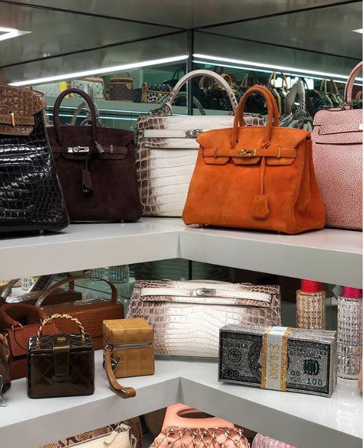 Οι πανάκριβες τσάντες της Κάιλι Τζένερ