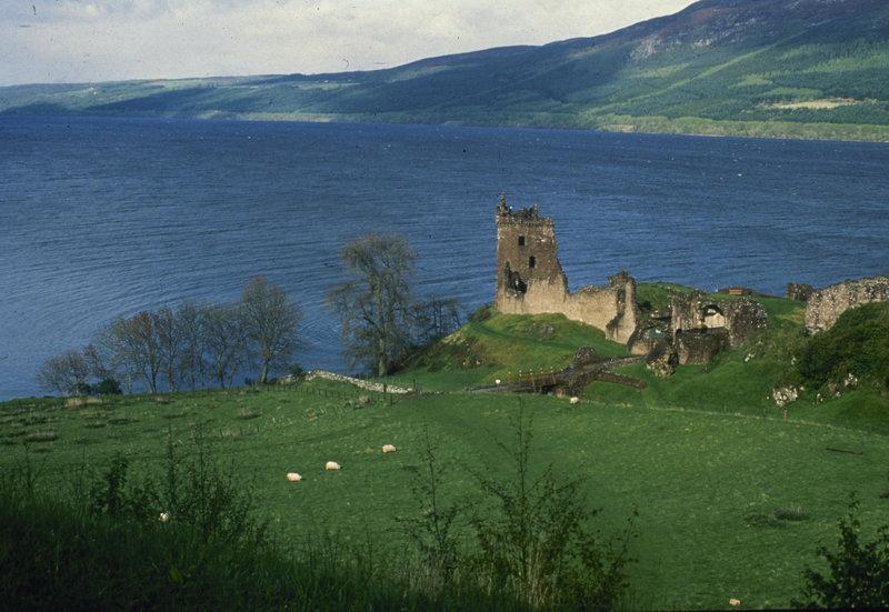 H λίμνη Λοχ Νες στη Σκωτία