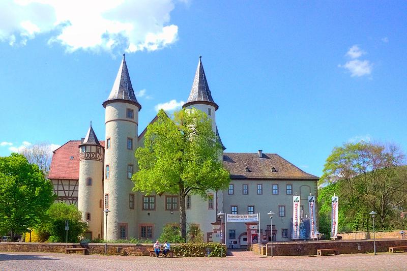 Το κάστρο στο Λορ αμ Μάιν της Βαυαρίας, όπου έζησε τα παιδικά της χρόνια η «πραγματική Χιονάτη», η βαρώνη Μαρία Σοφία φον Έρταλ.