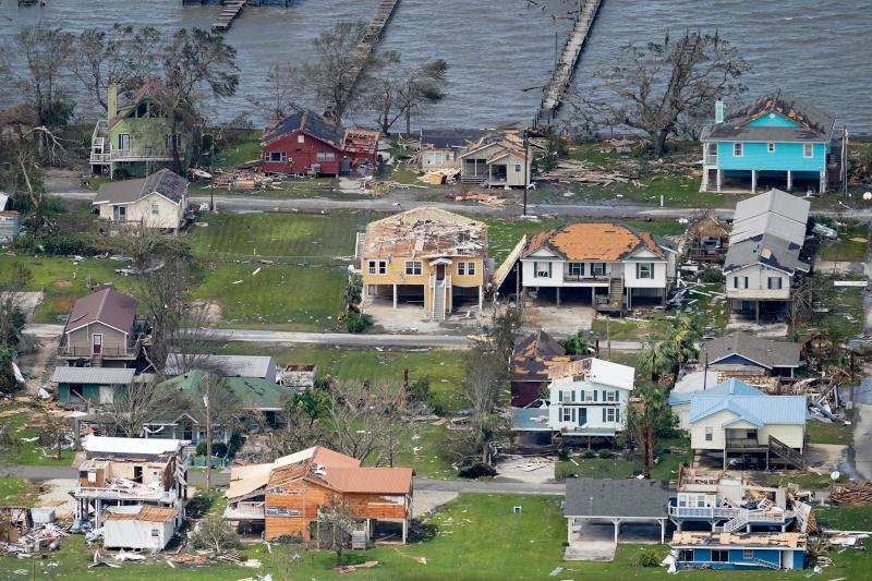 Κατεστραμμένα σπίτια στο Lake Charles της Λουιζιάνα από τον τυφώνα Λόρα