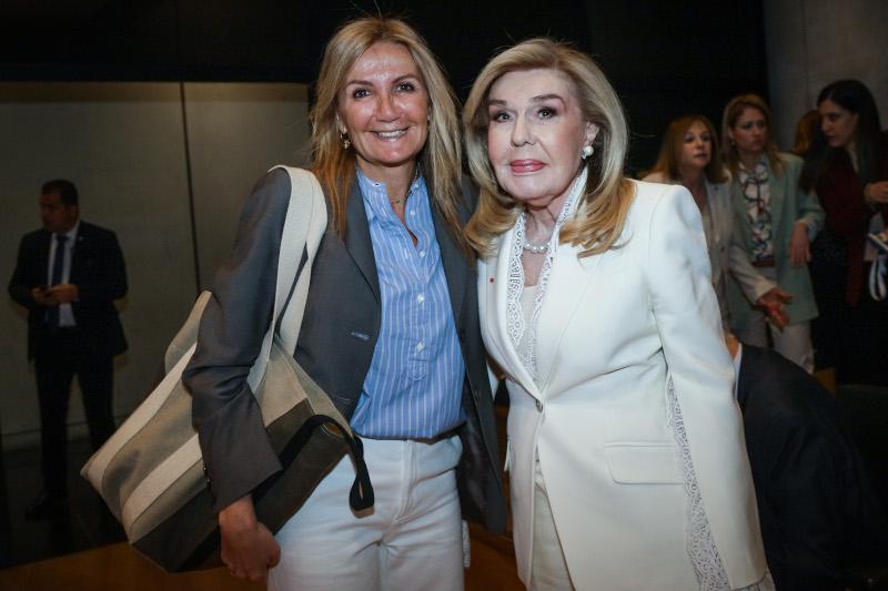 Μαρέβα Γκραμπόβσκι και Μαριάννα Βαρδινογιάννη