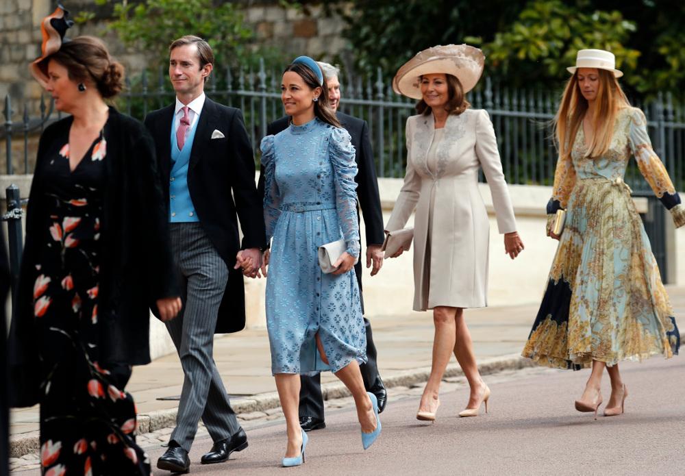 Σύσσωμη η οικογένεια Μίντλετον - εκτός από την Κέιτ- στον βασιλικό γάμο
