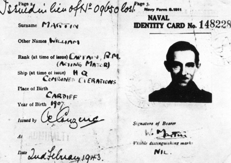 Η πλαστή στρατιωτική ταυτότητα του «ταγματάρχη Μάρτιν».