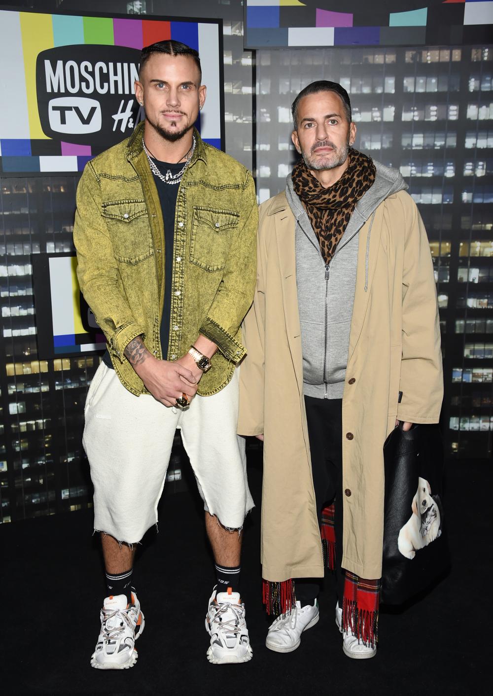 Ο σχεδιαστής Marc Jacobs με τον αγαπημένο του Τσαρ Ντεφρανσέσκο