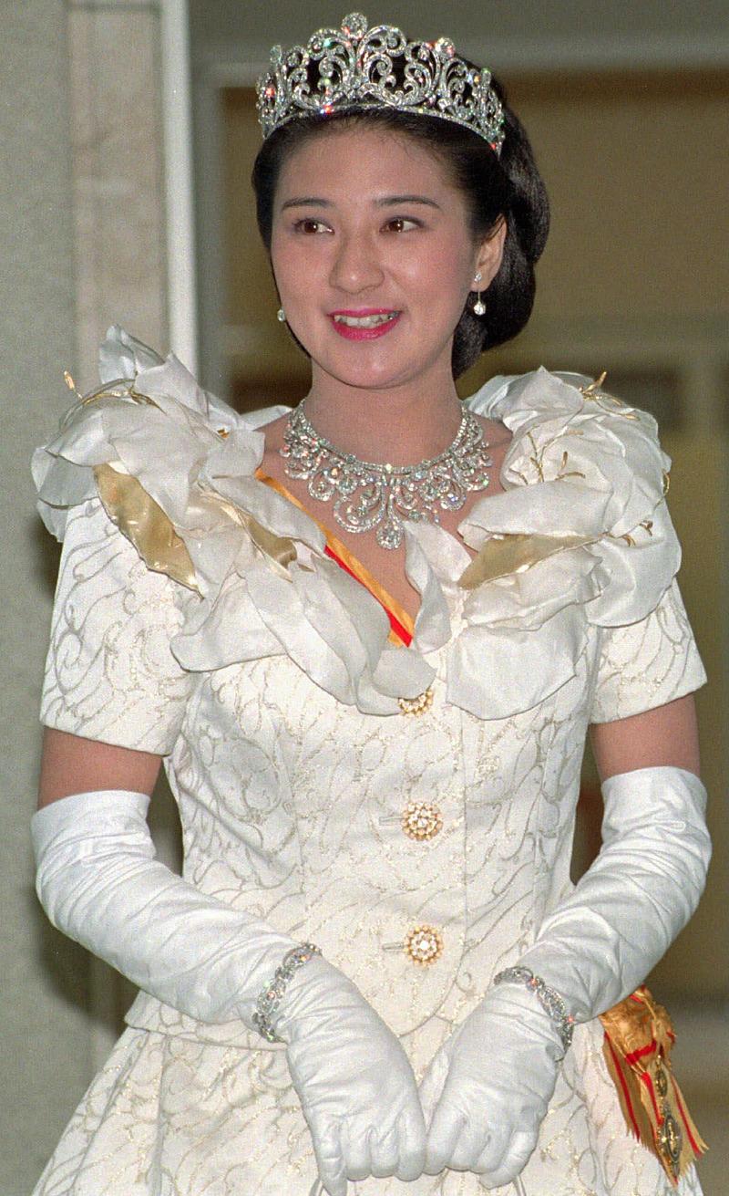 Η Μασάκο ντυμένη νύφη