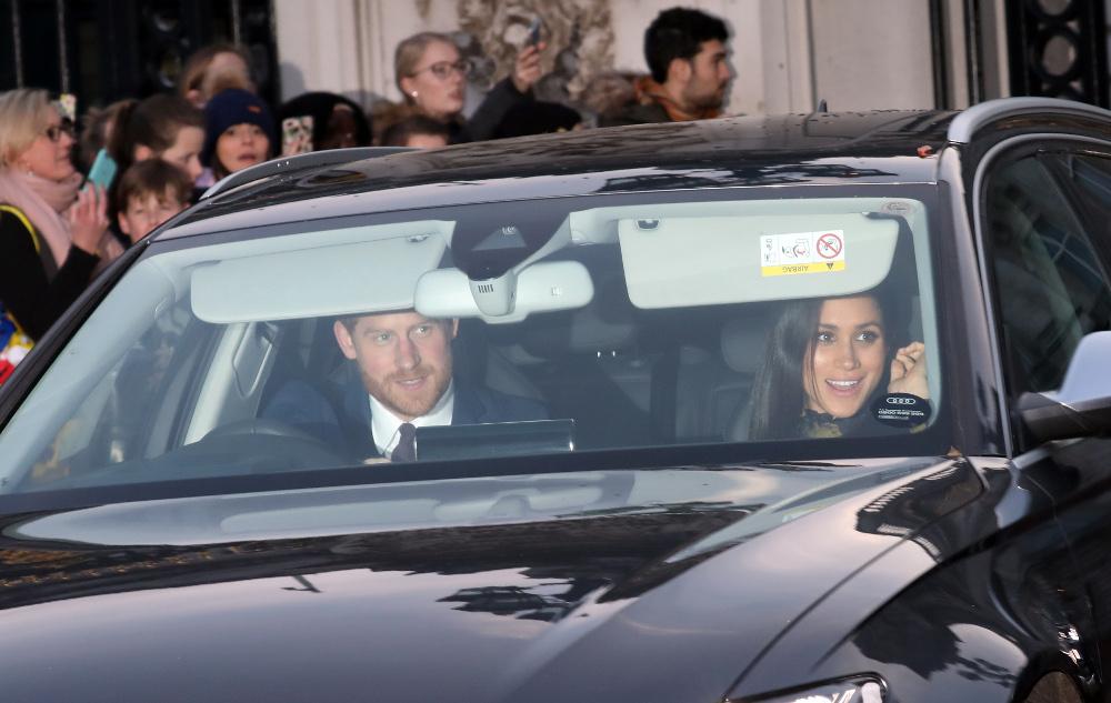 Ο πρίγκιπας Χάρι και η Μέγκαν Μαρκλ στο αυτοκίνητο