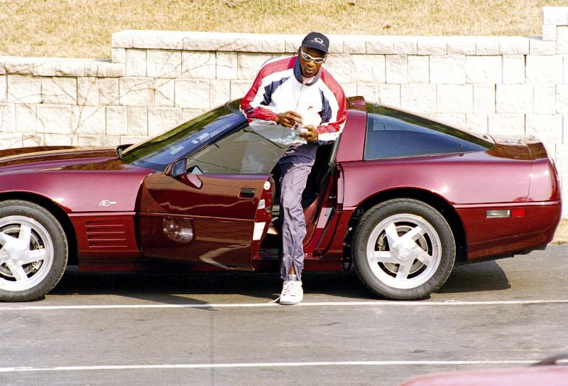 Ο Μάικλ Τζόρνταν αγαπά τα αυτοκίνητα