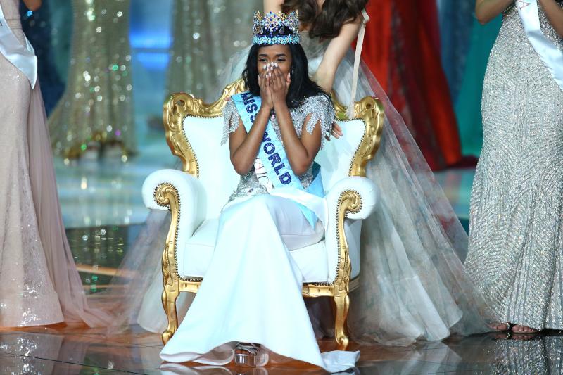 Η νέα Μις Κόσμος Τόνι-Αν Σινγκ, από την Τζαμάικα/Φωτογραφία: AP