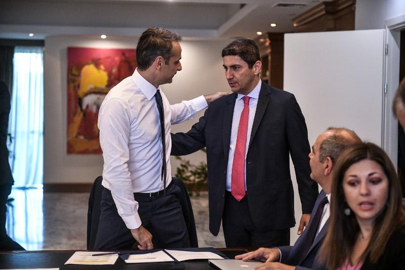 Συνάντηση με τον υφυπουργό Αθλητισμού Λευτέρη Αυγενάκη είχε ο πρωθυπουργός
