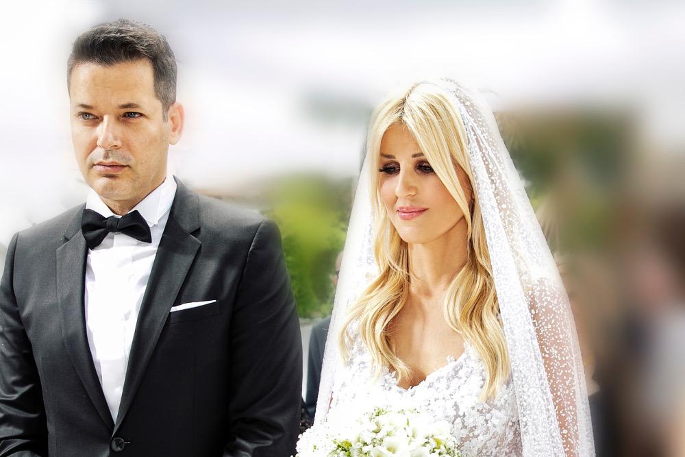 Η Έλενα Ράπτη τρισευτυχισμένη την ημέρα του γάμου της