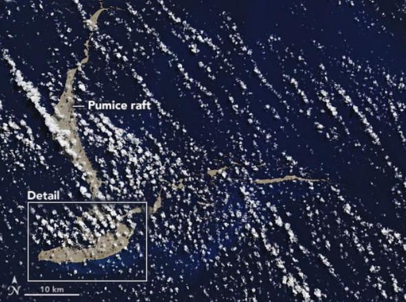 Το νησί από ελαφρόπετρα όπως φαίνεται από το διάστημα.