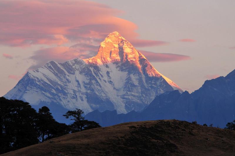 Το όρος Νάντα Ντέβι είναι το υψηλότερο που βρίσκεται ολόκληρο εντός της Ινδίας