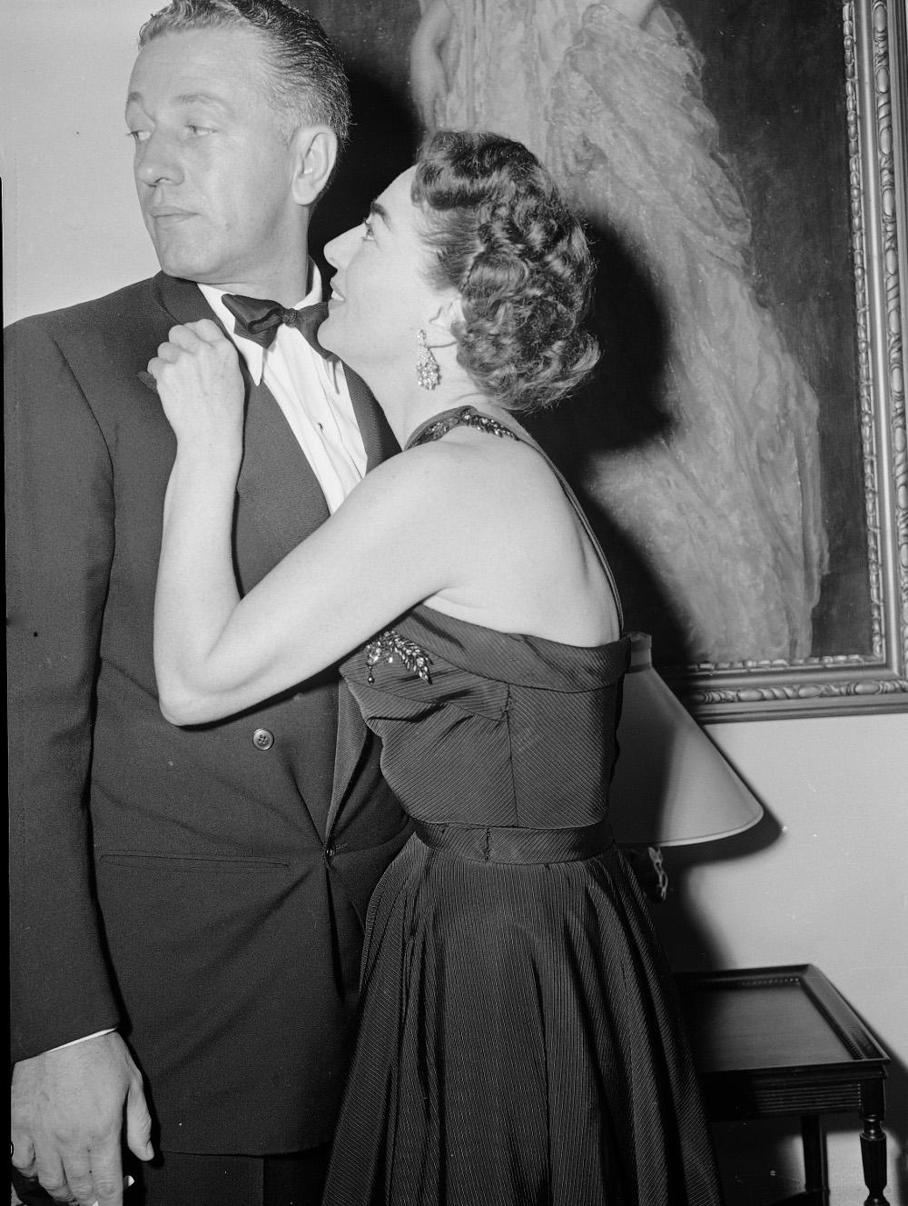 Ο Νίκολας Ρέι με την Τζόαν Κρόφορντ