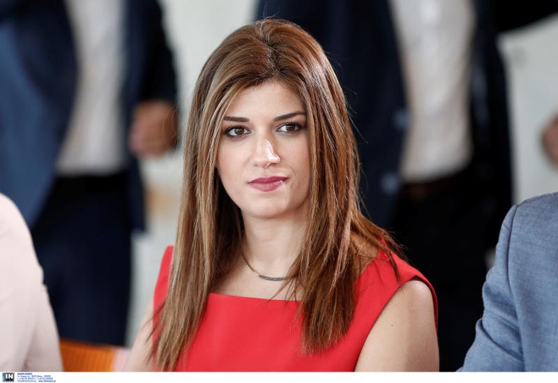 Η Κατερίνα Νοτοπούλου συμμετείχε στην σύσκεψη των βουλευτών του ΣΥΡΙΖΑ με τον Τσίπρα