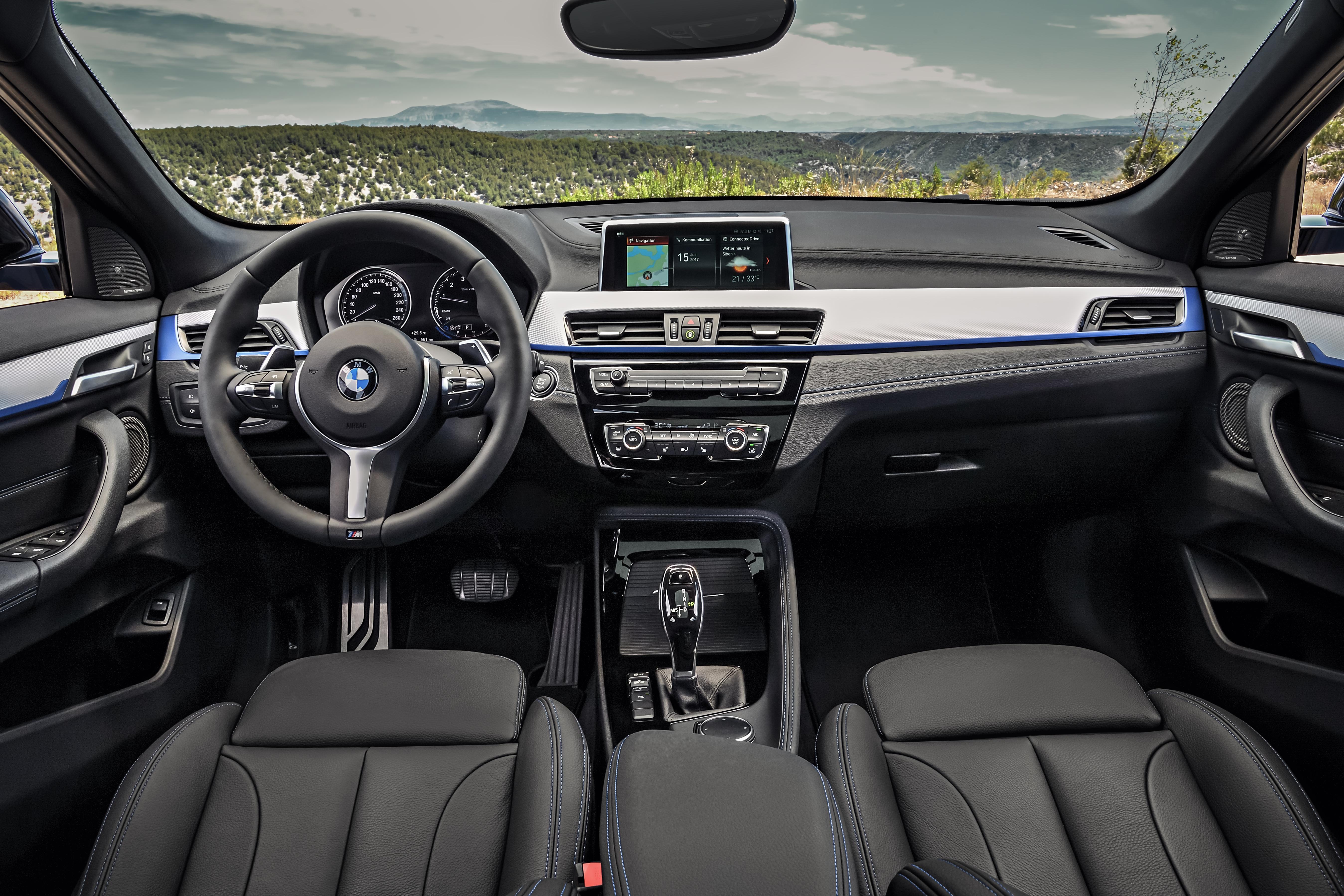 Το εσωτερικό της BMW X2