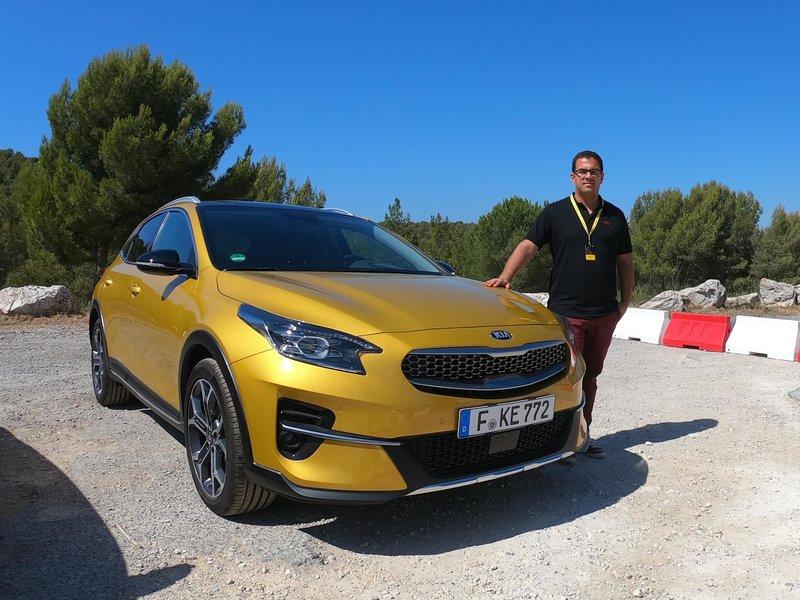 Ο Γιάννης Ρούσσης είναι Product Manager της Kia Motors Europe με έδρα τη Φρανκφούρτη, όπου και ζει με την οικογένειά του