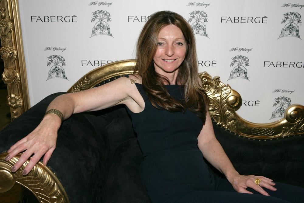Η Σάρα Φαμπερζέ απόγονος της διάσημης οικογένειας κοσμηματοποιών