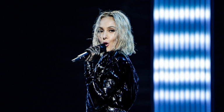 Η Τάμτα στη σκηνή της Eurovision στο Τελ Αβίβ