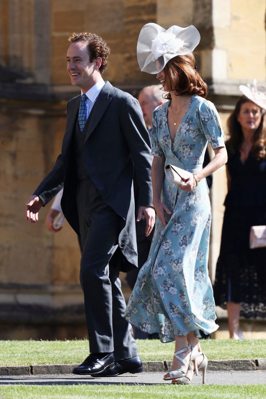 Ο κολλητός του πρίγκιπα Χάρι Τομ Ίνσκιπ με την σύζυγό του, στον βασιλικό γάμο τον περασμένο Μάιο