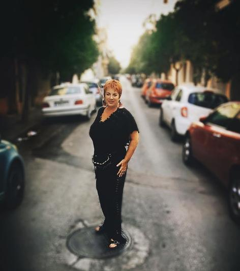 Η Ελεάννα Τρυφίδου ποζάρει με αδυνατισμένο σώμα
