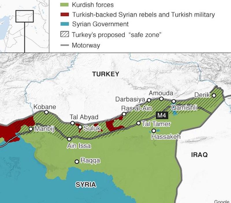 Χάρτης του BBC καταγράφει τις θέσεις των τουρκικών δυνάμεων και των συμμάχων τους με κόκκινο, τις υπό κουρδικό έλεγχο περιοχές με πράσινο και εκείνες των δυνάμεων του Άσαντ με γαλάζιο προ διημέρου.