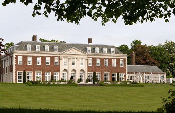 Η κατοικία του Αμερικανού πρέσβη στο Λονδίνο