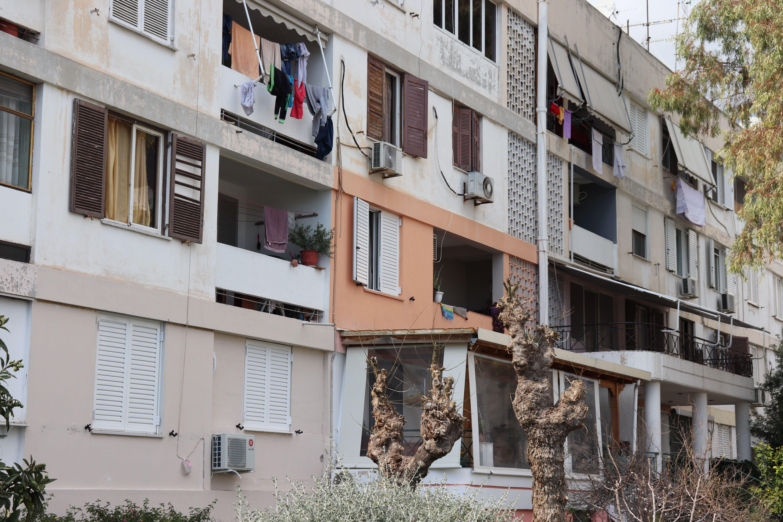 προσφυγική πολυκατοικία
