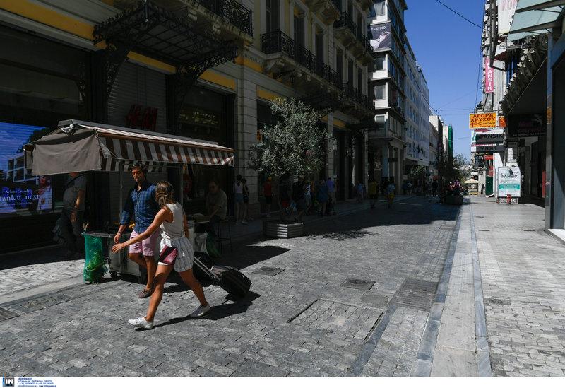 Αδειασε η Αθήνα λόγω καύσωνα και αδειών