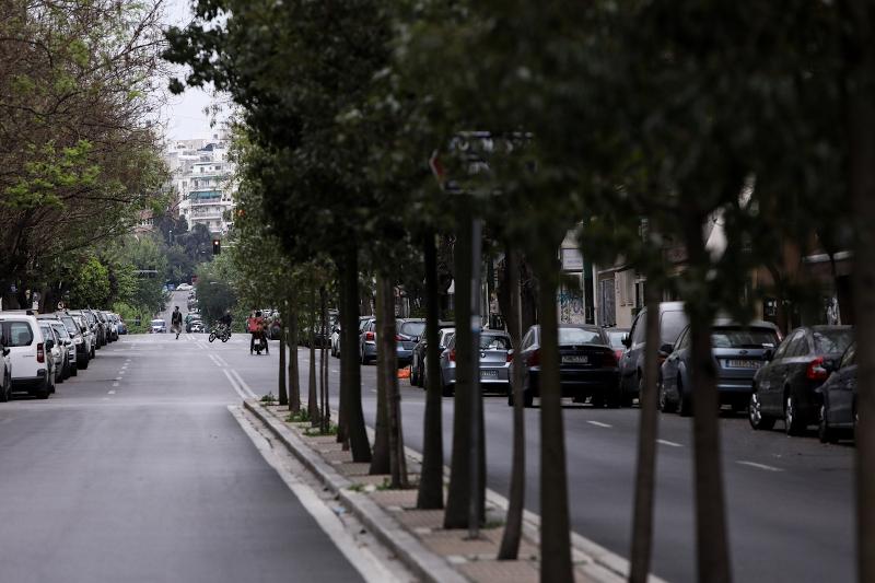 Αδειος δρόμος στην Αθήνα