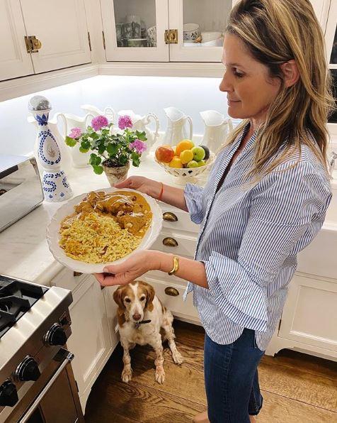 Η Aerin Lauder στην κουζίνα του σπιτιού