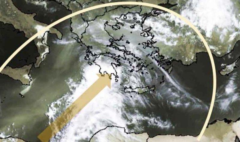 Δορυφορική εικόνα που δείχνει ένα πυκνό νέφος αφρικανικής σκόνης να πλησιάζει την Ελλάδα από τα δυτικά