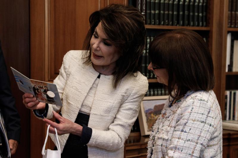 """Συνάντηση της Προέδρου της Δημοκρατίας Κατερίνας Σακελλαροπούλου με την Πρόεδρο της Επιτροπής """"Ελλάδα 2021"""" Γιάννα Αγγελοπούλου-Δασκαλάκη"""
