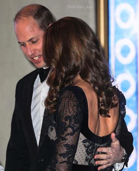 Το τρυφερό άγγιγμα του πρίγκιπα Γουίλιαμ στην Κέιτ Μίντλετον