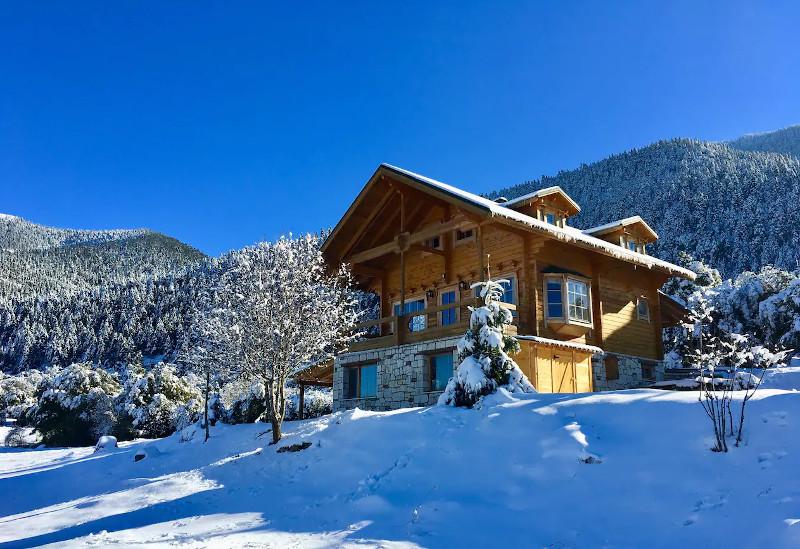 Airbnb στη Βυτίνα μέσα στα χιόνια