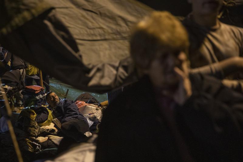 Αλβανία κόσμος σε σκηνές μετά τον σεισμό