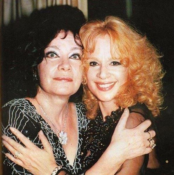 Αλίκη Βουγιουκλάκη και Τζένη Καρέζη: Δύο μεγάλες σταρ του ελληνικού κινηματογράφου/Φωτογραφία: Instagram/alikivougiouklakiofficial
