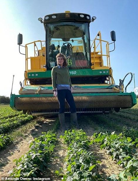 Η 45χρονη Αμάντα στο χωράφι