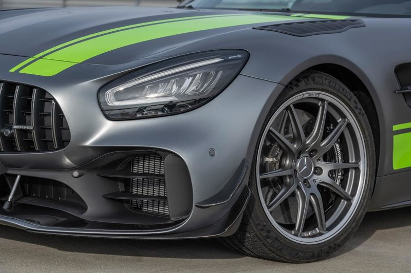 Η εκπληκτική η σχεδίαση της Mercedes-AMG GT R Pro