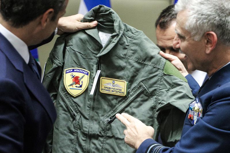 Ο αρχηγός ΓΕΕΘΑ, πτέραρχος Χρήστος Χριστοδούλου κάλεσε τον πρωθυπουργό να κάνει μια πτήση μαζί τους μέχρι το Καστελόριζο
