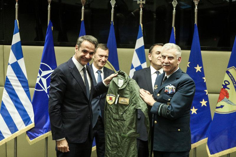 Ο πρωθυπουργός απεδέχθηκε την πρόσκληση του Α/ΓΕΕΘΑ, για μια πτήση μαζί τους μέχρι το Καστελόριζο