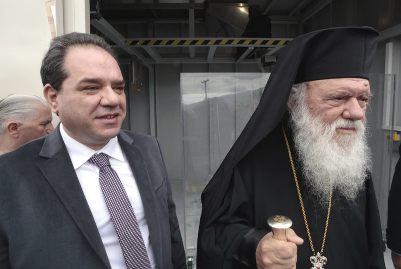 Ο Κωστής Δήμτσας και ο Αρχιεπίσκοπος Αθηνών και πάσης Ελλάδος Ιερώνυμος