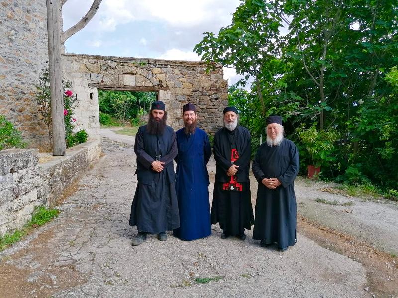 Ο Ανθιμος Ανανιάδης στο Αγιο Ορος για τις ανάγκες τις νέας του ταινίας